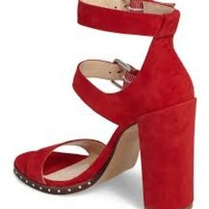 NWT Vince Camuto- size 8.5